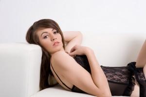 topless waitress bree 1.1