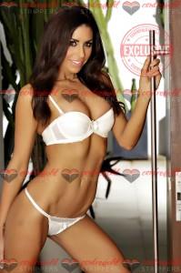 Topless waitresses Sydney Isabella 2