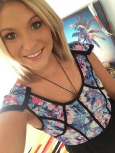 Topless waitress Melbourne Lisa selfie 4